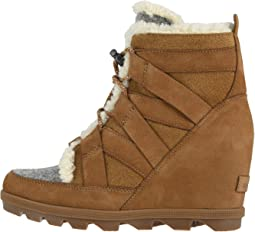 Joan of Arctic™ Wedge II Cozy