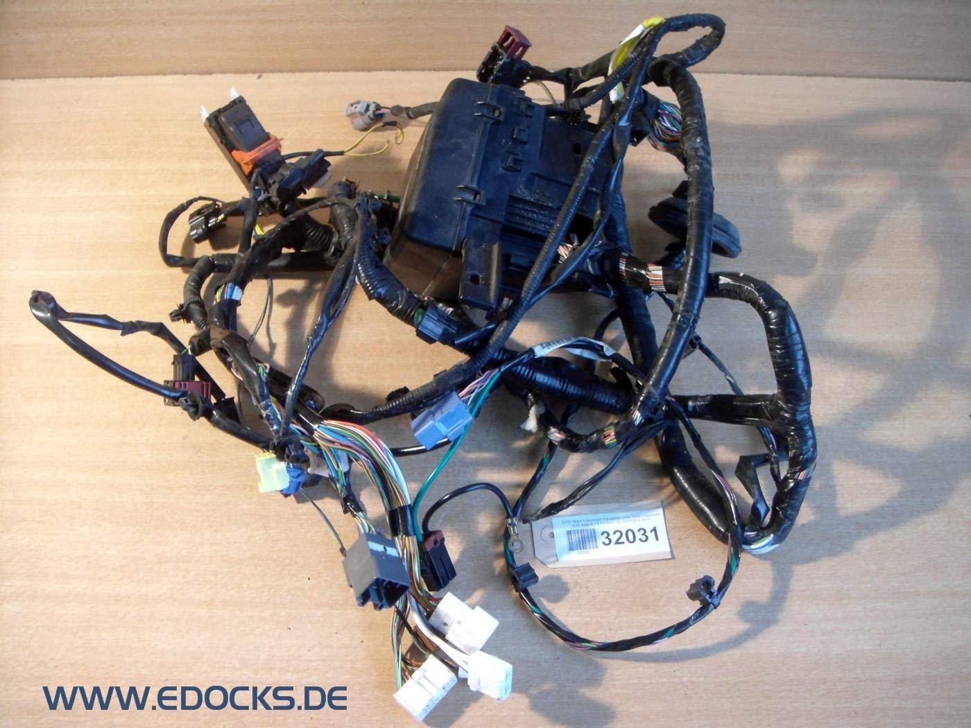 Motor Mazo de Cables Carrocería Delant. Caja de Fusibles Esp Agila B 1,0 1,2 Benz. Opel: Amazon.es: Coche y moto