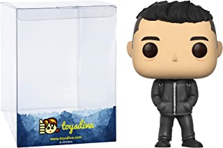 Elliot Alderson: Fun ko P o p ! TV Vinyl Figure Bundle with 1 Compatible 'ToysDiva' Graphic Protector (477 - 09877 - B)