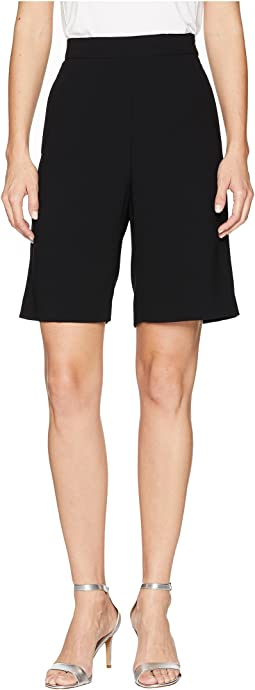 Light Stretch Crepe Slouch Short Trousers