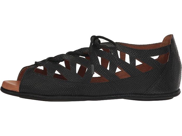 Gentle Souls Womens Betsi Flat Sandal