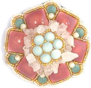 Spilla fiore, colore: rosa e grigio in porcellana, cristalli di quarzo e perle di vetro, gioiello fantasia