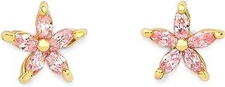 gold flower shaped earrings