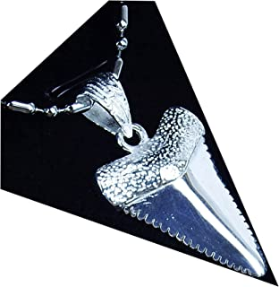 GemShark Solid Sterling Silver Shark Tooth Necklace Great White Anrrowhead Pendant 9 gram 1.1 inch with Stainless Steel Chain