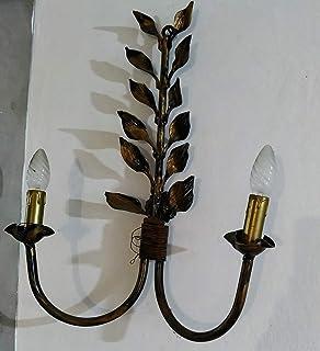 Lampada da parete con foglie in ferro battuto