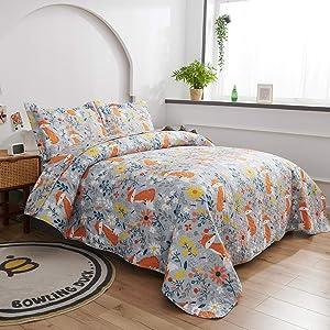 Kids Fox Quilt Twin Size Coverlet Children ,Boys Cute Lightweight Bedspread Animal Bedding Set,Flowers Printed Reversible Kids Quilts+2 Pillow Shams for All Season