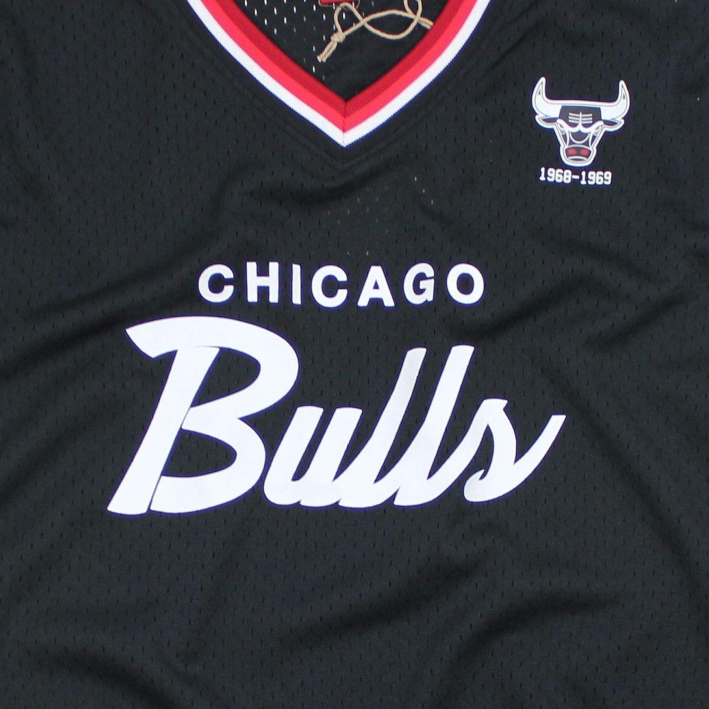 Mitchell /& Ness Special Script Mesh V-Neck Chicago Bulls Black