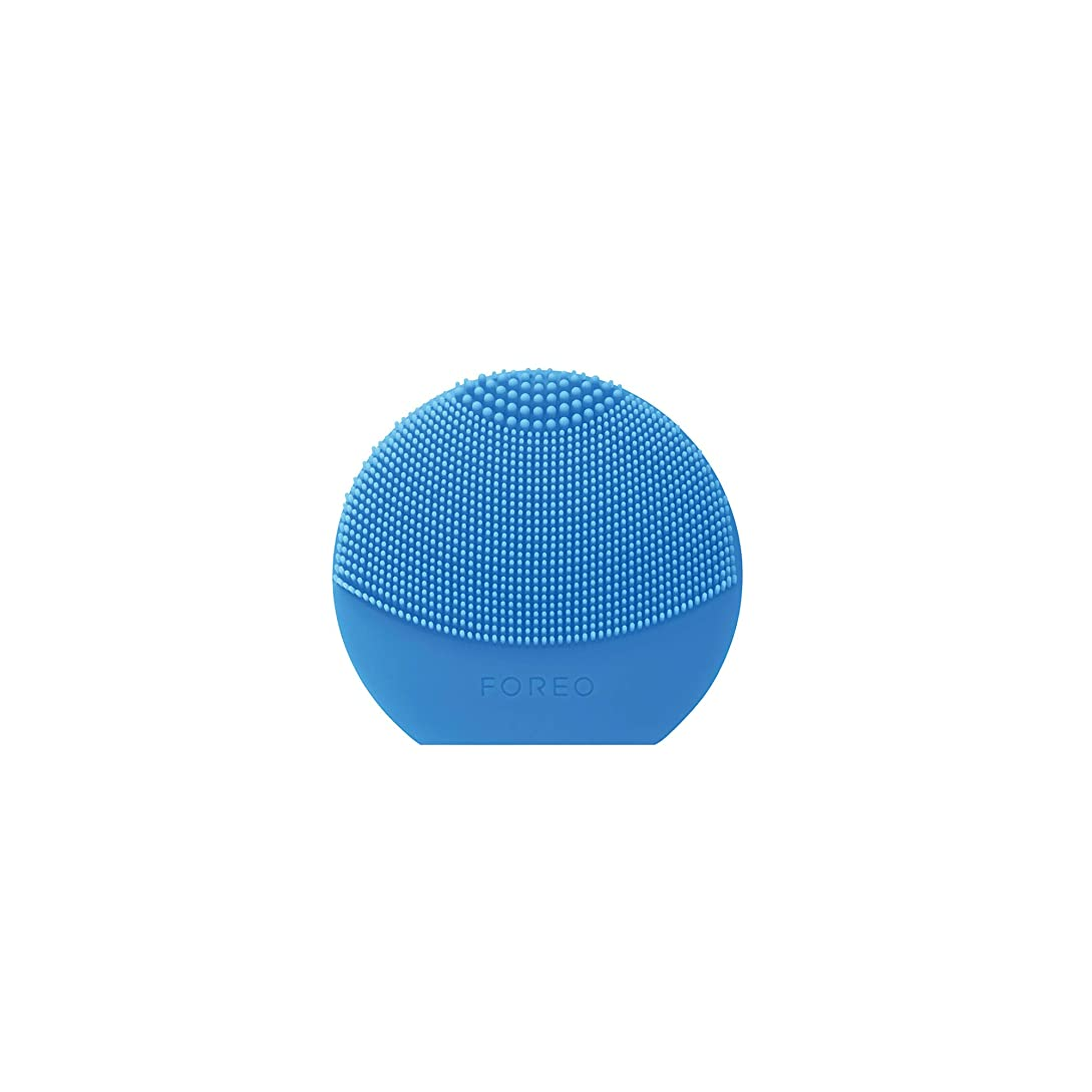 カプセル台無しに可能にするFOREO LUNA Play Plus アクアマリン シリコーン製 音波振動 電動洗顔ブラシ 電池式
