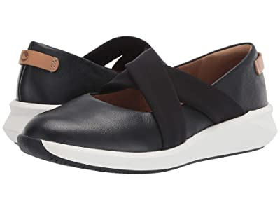 Clarks Un Rio Cross (Black Leather) Women