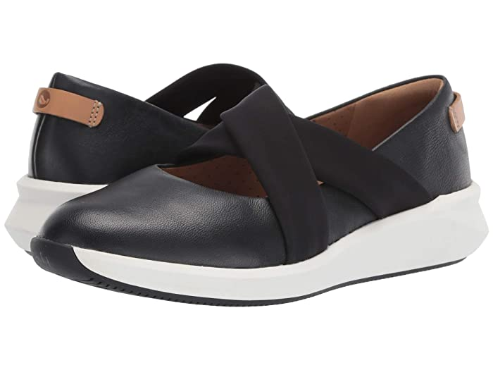 Clarks  Un Rio Cross (Black Leather) Womens Flat Shoes