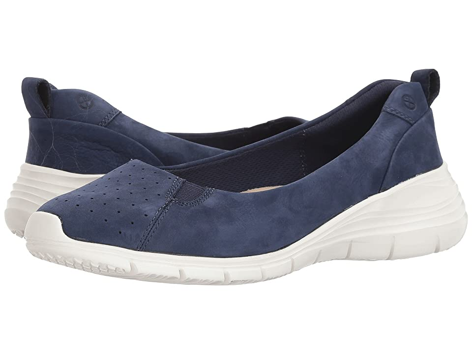 Hush Puppies Cypress Slip-On (Royal Navy Nubuck) Women