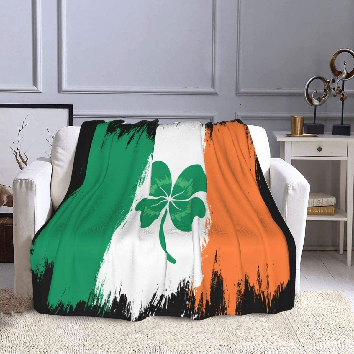 D-WOLVES Vintage Ireland Online limited product Flag with Selling and selling fo Throw Lucky Clover Blanket
