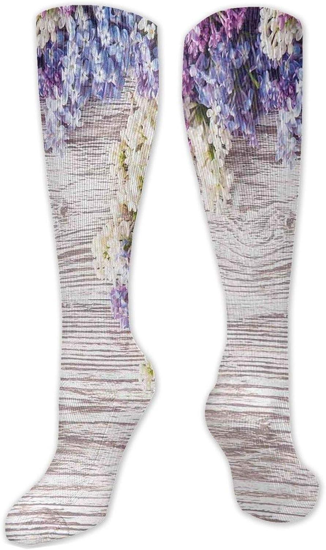 Calcetines personalizados, ramo de flores de color lila sobre mesa de madera, tema de la naturaleza, romántico, para mujeres y hombres, ideal para correr, atletismo, senderismo, viajes, vuelo