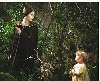 Maleficent 8 x 10 Movie Photo Angelina Jolie with daughter