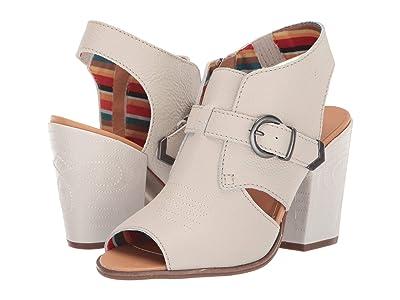 Dingo Stirrup (Off-White) Cowboy Boots