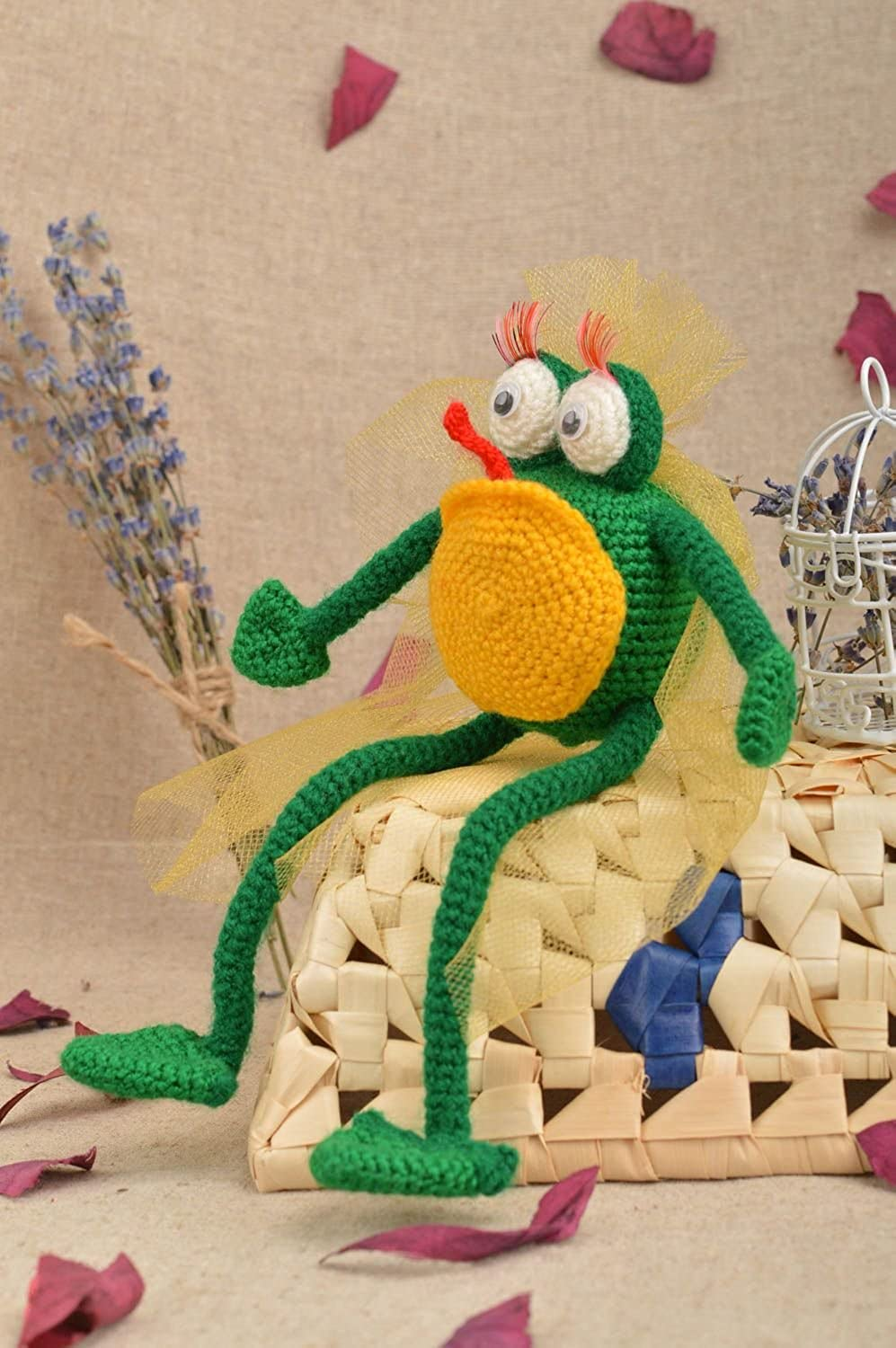 Handmade Funny Designer Toy Unusual Woven Frog Beautiful Interior Decor