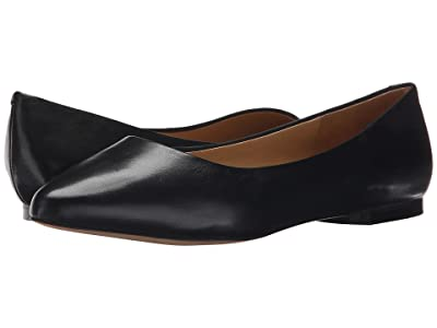 Trotters Estee (Black Soft Nappa Leather) Women
