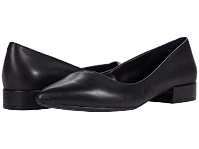 Kenneth Cole New York Camelia (Black) Women