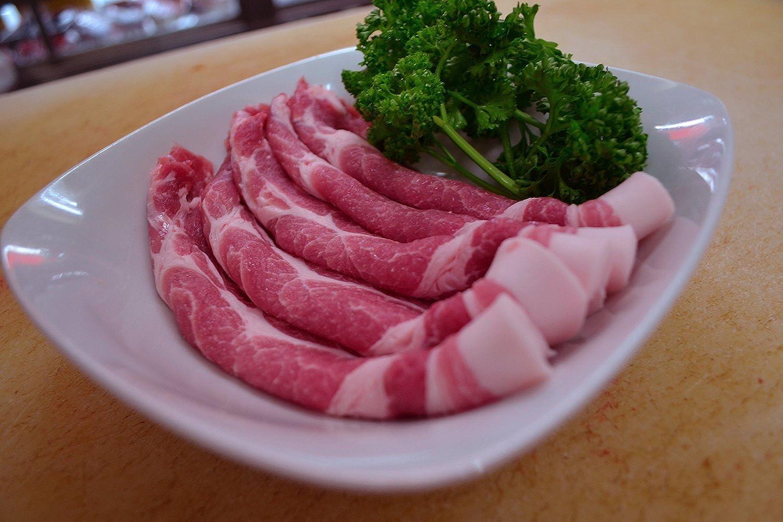 生姜焼き 用 国産 豚肉 肩ロース 薄切り 300g 【 国産 豚肉 国産豚肉 スライス 】