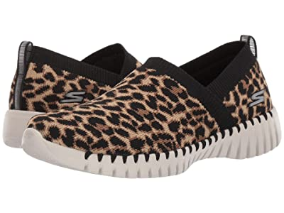 SKECHERS Performance Go Walk Smart Safari (Leopard) Women