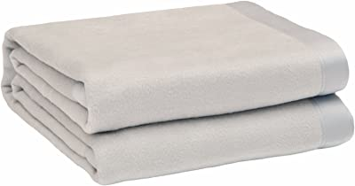 """CUDDLE DREAMS Silk Blanket for All Seasons, Premium Mulberry Silk, Naturally Soft, Breathable (Silver Gray, King 108"""" × 90"""")"""