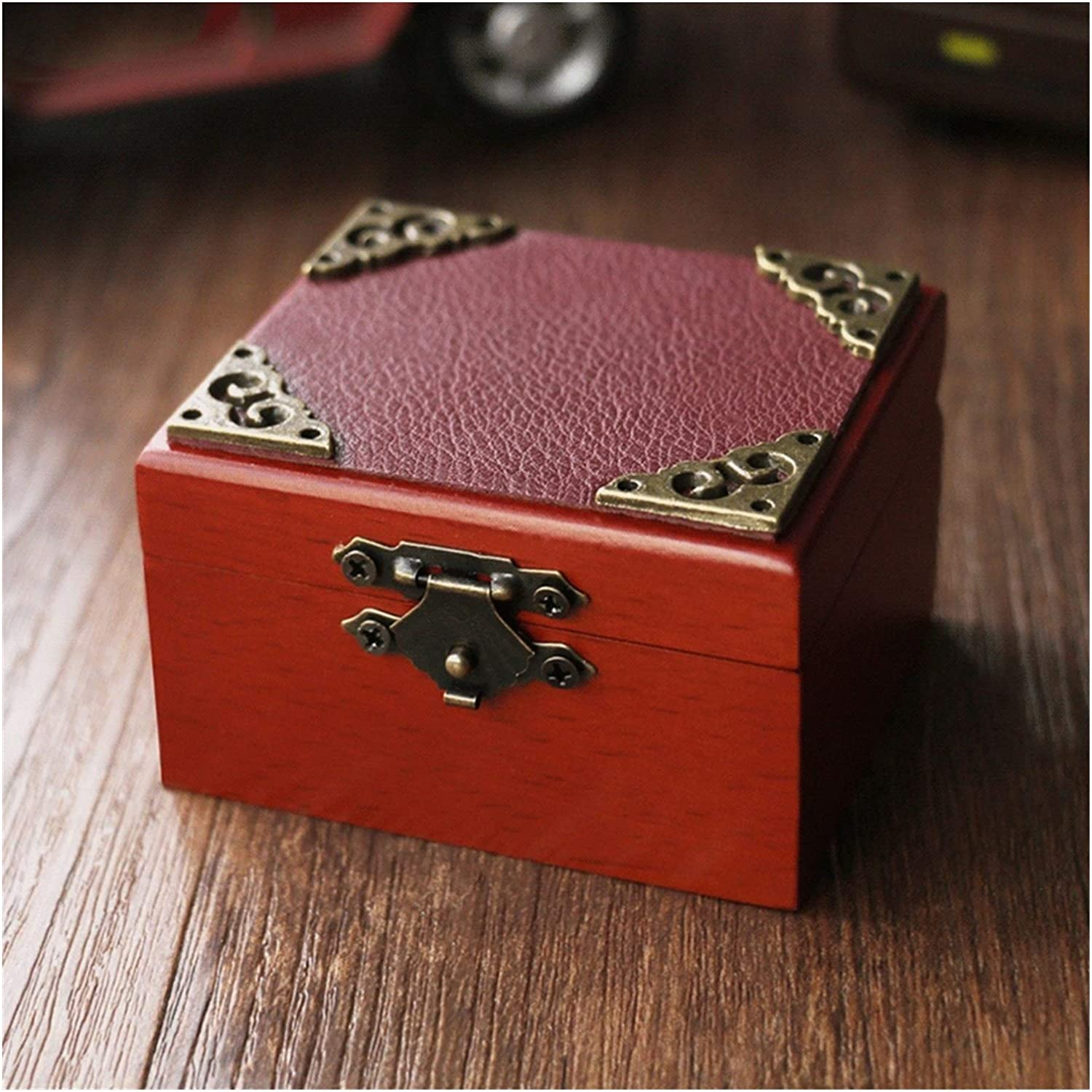Musical Boxes Music Box Wood Leather with 2021 spring and summer new Lock M Soldering