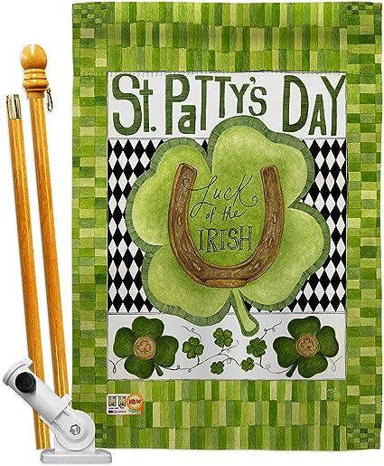 Amazon Com Breeze Decor Hs102053 Bo Luck Of The Irish Clover Spring St Patrick Decorative Vertical House Flag Set 28 X 40 Thick Fabric Garden Outdoor
