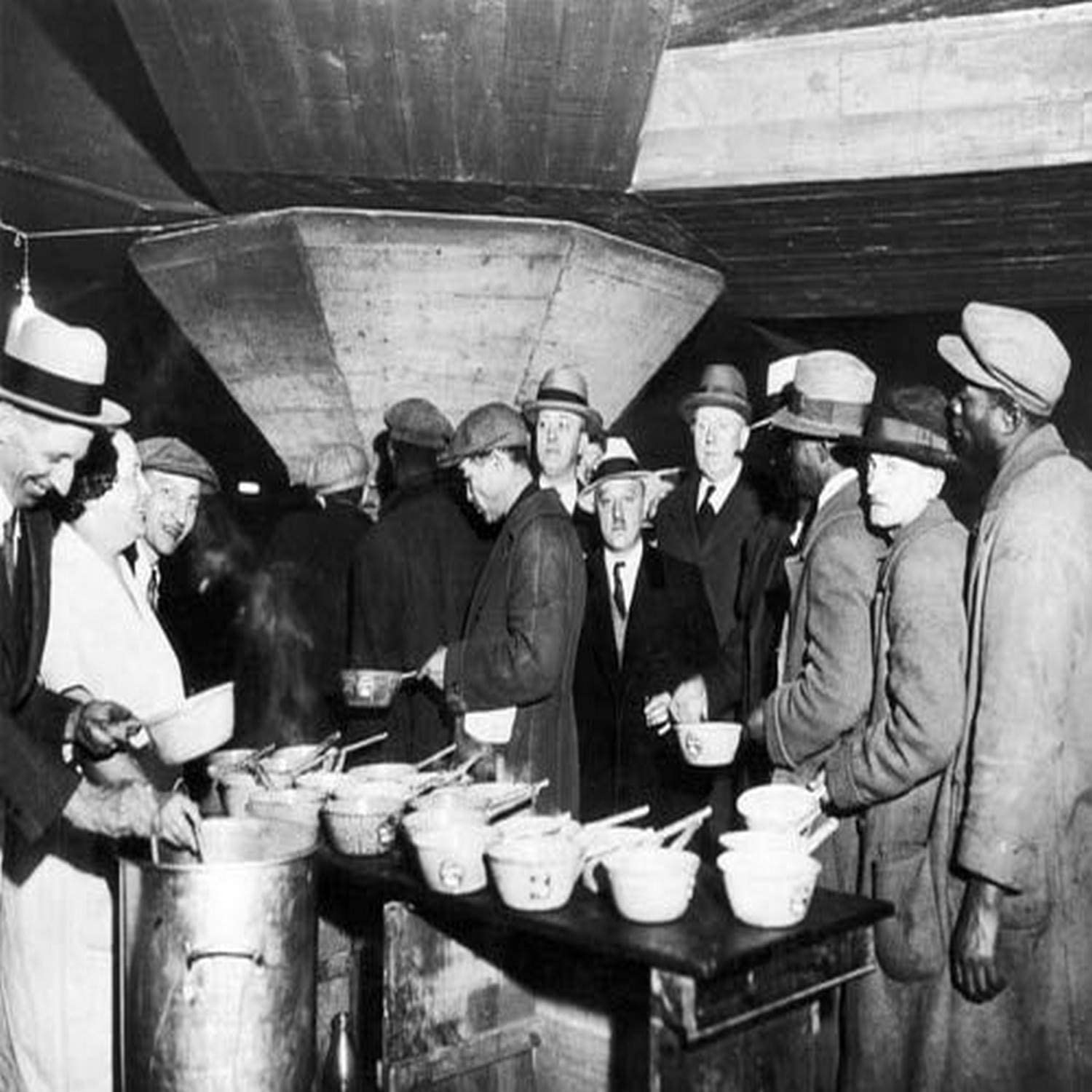 Amazon Com Soup Kitchen 1931 Na New York City Soup Kitchen During The Great Depression 1931 Poster Print By 18 X 24 Posters Prints