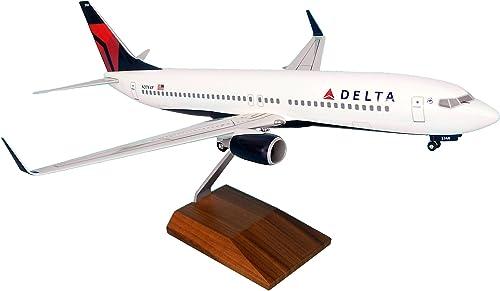 autentico en linea Daron Worldwide Trading SKR8206 Skymarks Delta 737-800 737-800 737-800 1-100 con engranajes con Soporte de Madera  Envio gratis en todas las ordenes