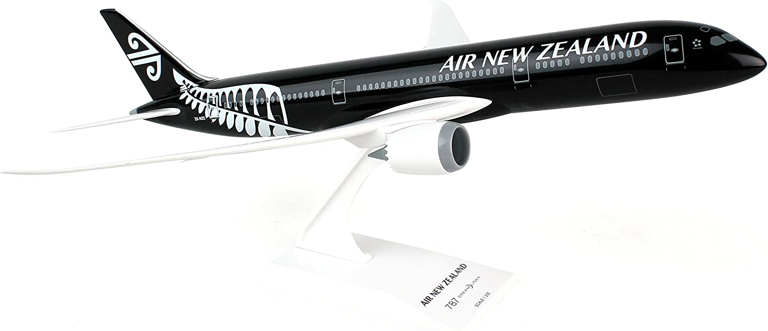 Daron Skymarks Air New Zealand 7879 Model Kit (1 200 Scale) Black
