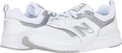 Munsell White/Silver
