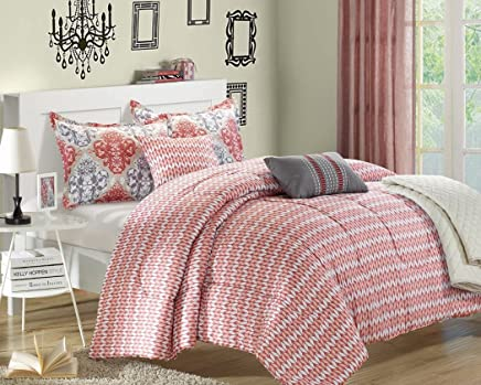 Chic Home Venetian 6-Piece Luxury Reversible Comforter Set with Quilt,  Shams and Decorative Pillows,  King Size,  Printed