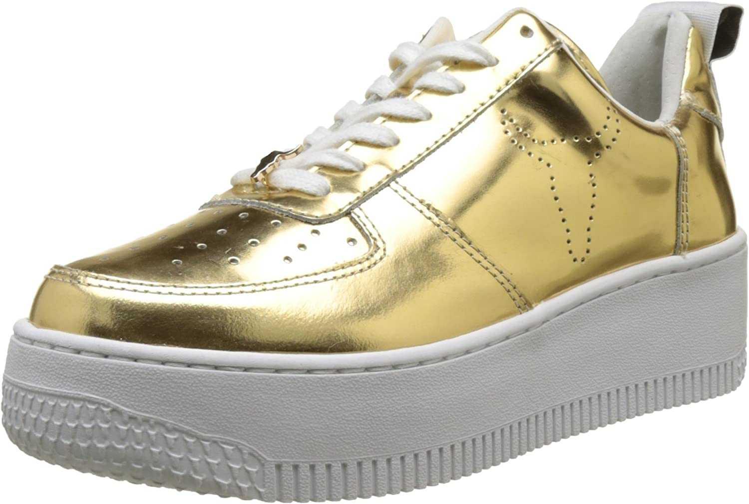 Windsor Smith Woman's Sneaker Racerr in golden Laminated Leather