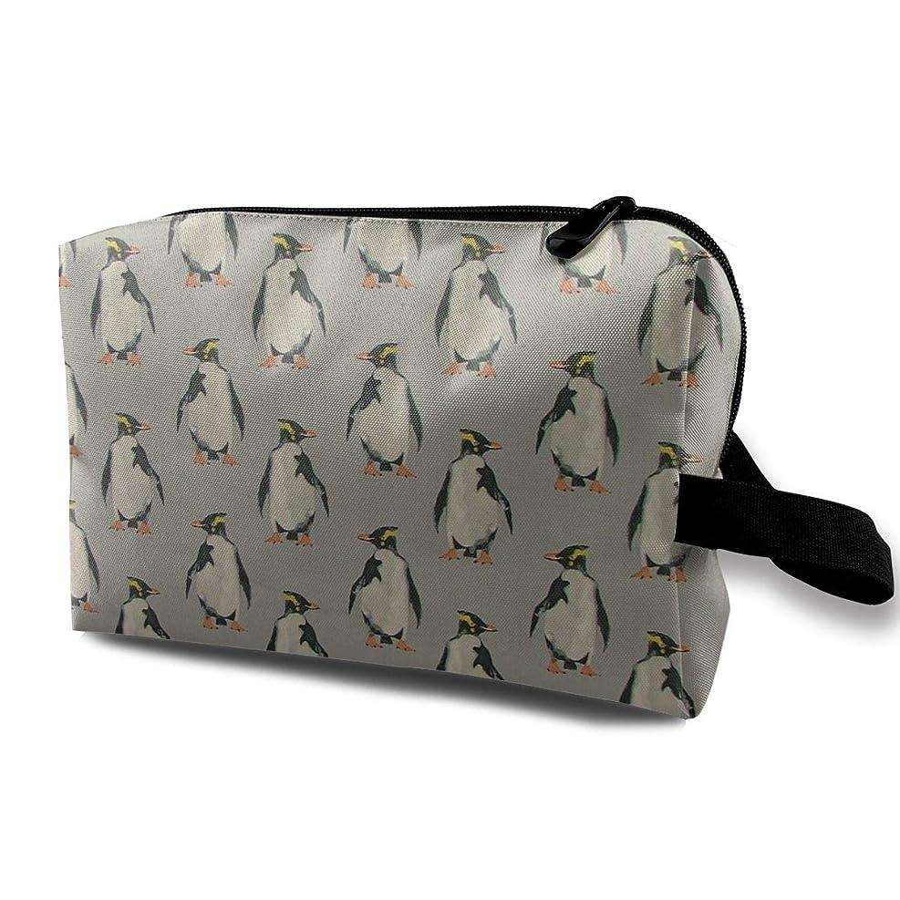 有用経験的時々レディース 化粧ポーチ 旅行収納ポーチ トイレタリーバッグ ペンギンパターン コスメ メイクポーチ ハンドバッグ 大容量 化粧品 鍵 小物入れ 軽量