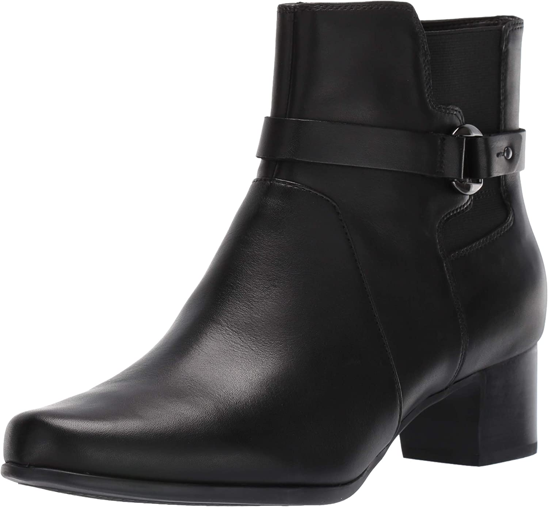 Clarks Women's Un Damson Mid Ankle Boot