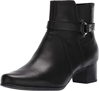 Clarks Un Damson Mid womens Ankle Boot