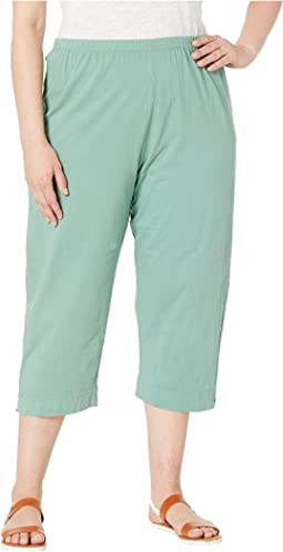 Plus Size Jersey Capri Pants