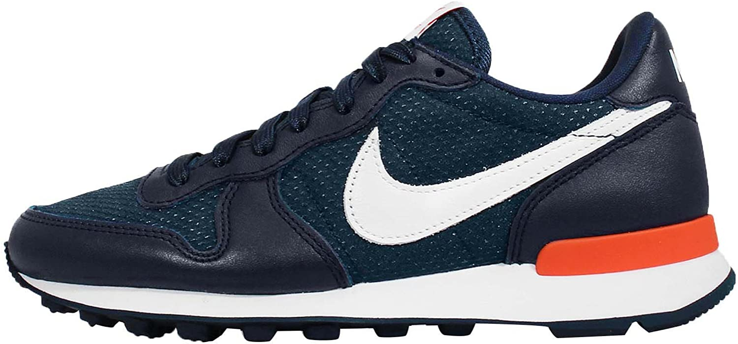 Nike Womens Internationalist FO QS Leather Low-Top Fashion Sneakers