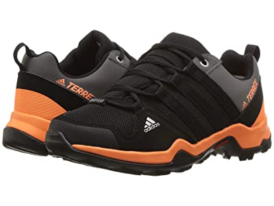 adidas Outdoor Kids Terrex AX2R CP (Little Kid/Big Kid) (Black/Black/Black) Boys Shoes