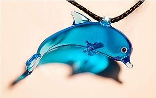 Delfino Pireta, Ciondolo a forma di Delfino in vetro di Murano, Cordino con nodo regolabile, ipoallergenico, Fatto a mano,...