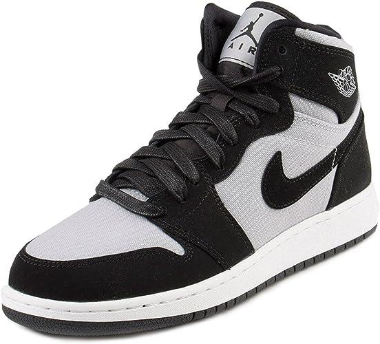 Nike Damen Air Jordan 1 Retro High Gg Basketballschuhe Gris Wolf Grey White Black 39 Eu Amazon De Fashion