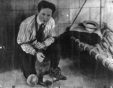 The Adventurous life of a versatile artist: Houdini (1922])