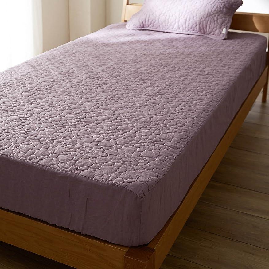 彫刻穿孔するおとこ[ベルメゾン] フレンチリネンウォッシュキルトボックスシーツ型敷きパッド モーブ サイズ:シングル