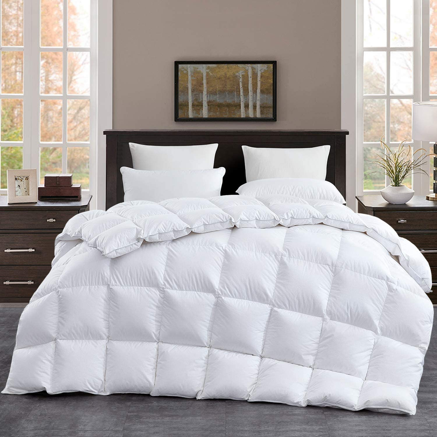 Luxurious 120 X120 Oversized King Size Goose Down Comforter 85 Oz Fluffy Down Duvet Insert Goose Down Feather 100 Cotton Shell Down Proof With 8 Corner Tabs Kitchen Dining Amazon Com