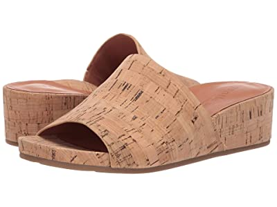 Gentle Souls by Kenneth Cole Gisele Wedge Slide (Natural) Women