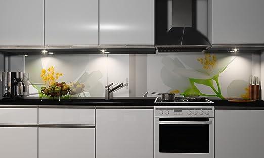Kuchenruckwand Folie Selbstklebend Spritzschutz Fliesenspiegel Deko Kuchenzeile Weisse Blute Mehrere Grossen Amazon De Kuche Haushalt