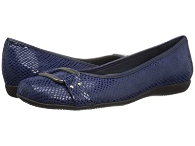 Trotters Sizzle Signature (Navy Snake Embossed Textile) Women
