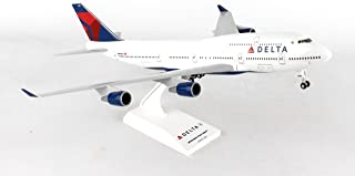 Daron Skymarks Delta 747-400 Airplane Model Building Kit with Gear, 1/200-Scale