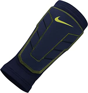 Nike Pro Combat Hyperstrong Compression Elite Basketball Shin Sleeve