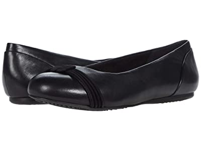 SoftWalk Sonoma Knot (Black Leather) Women